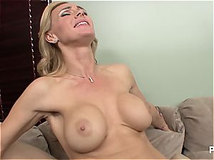 Tanya butt licking Dani Daniels