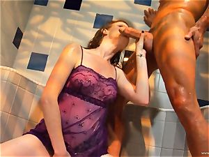 Nikki Rhodes gets her moist pussy tucked with stiff chisel