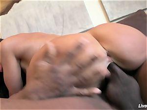 LiveGonzo Lisa Ann fleshy bi-racial anal invasion milf