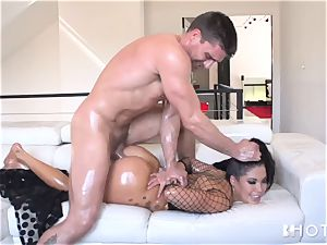 HOTGOLD London Keyes anal invasion and horny