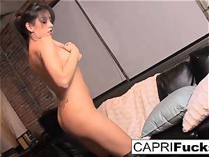 killer Capri luvs to play with herself