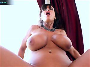 Lisa Ann likes sitting into Toni Ribas giant sausage