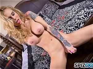 inked lean platinum-blonde Sarah Jessie messes with her vagina