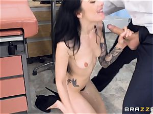 Marley Brinx gets her cooter deeply tested at the doctors