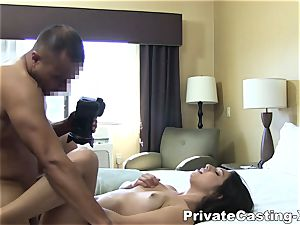intimate Casting-X - munching pound and loud orgasm