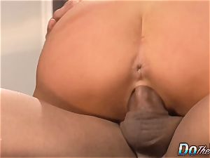 spouse watches wifey Veronica Avluv bust