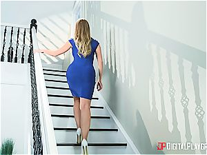 Britney Amber can tempt any folks she enjoys