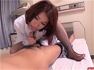 hook-up with warm chinese cougar Erika Nishino