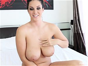 Interview with buxom cutie Alison Tyler