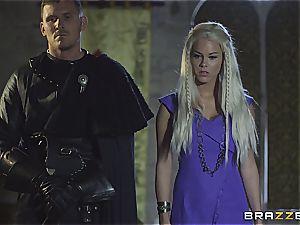 Daenerys Targaryen gets ravaged by Jon Snow on the iron Throne
