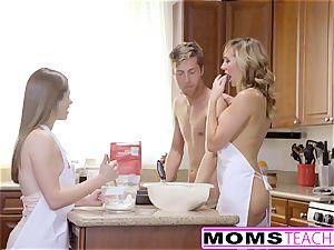 MomsTeachSex - insane mother Tricks teenager Into torrid threeway