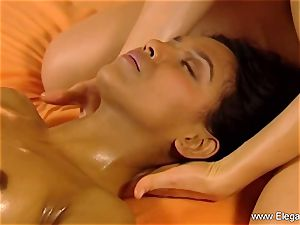 massage For brown-haired femmes