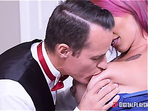 Anna Bell Peaks is the hottest mother in law you can ask for