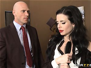 Veronica Avluv gets sloppy in the office and her boss finds out
