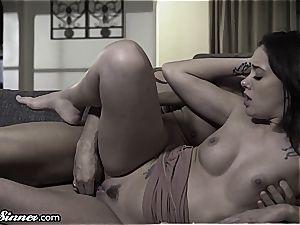Gia Paige hankers her stepdad's manhood